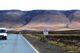 Estrada rumo ao Glaciar Perito Moreno