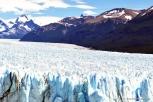 A imensidão azul do Glaciar Perito Moreno em El Calafate
