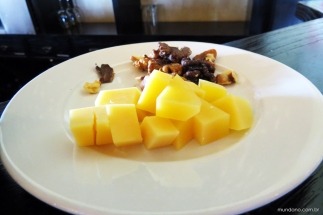 Acompanhamentos de queijos e grãos