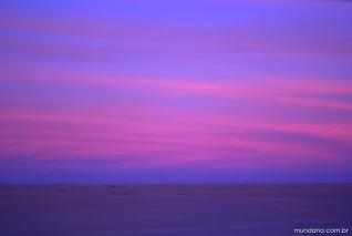 Pôr-do-sol em Calama de um lado