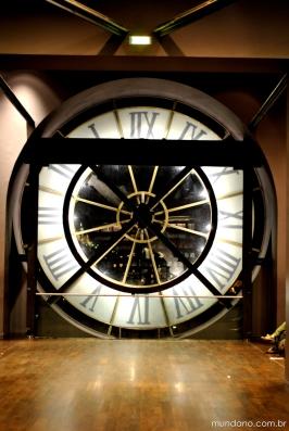 O enorme relógio do Museu d'Orsay