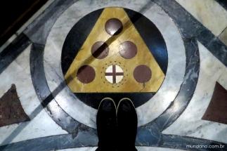 Detalhe do piso do Duomo