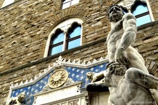Escultura no entorno da Piazza della Signoria